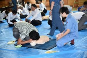 ④人工呼吸の訓練風景